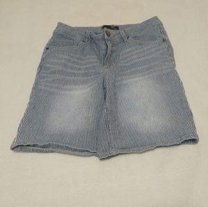 1822 Denim Railroad Stripe Shorts Size 10